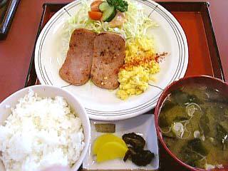 スパム定食\550
