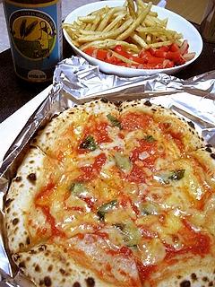ポテトとタコとピッツァ