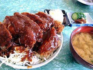ソースカツ丼\600