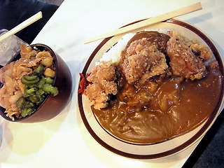 とり唐カレーと生姜焼き丼