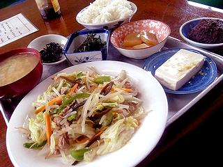 野菜炒め定食\800