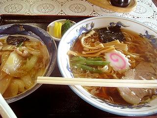 ラーメン+ミニ中華丼\800