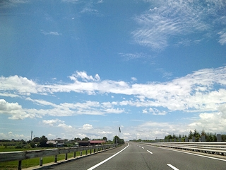 晴れの高速
