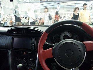 86の運転席