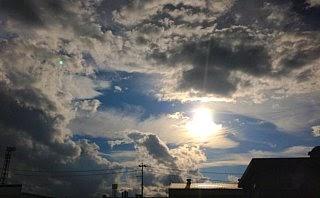 梅雨明け雲
