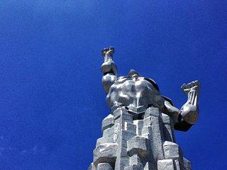ウルトラマン像